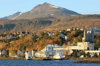 View towards the center of Akureyri town in Eyjafjörður fjord, North-Iceland.  Photo: Pétur Halldórsson.