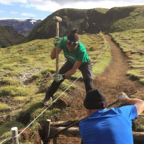 trail_building_with_timber2.jpg